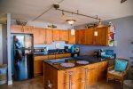 Nice Remodeled Kitchen / Fully Stocked