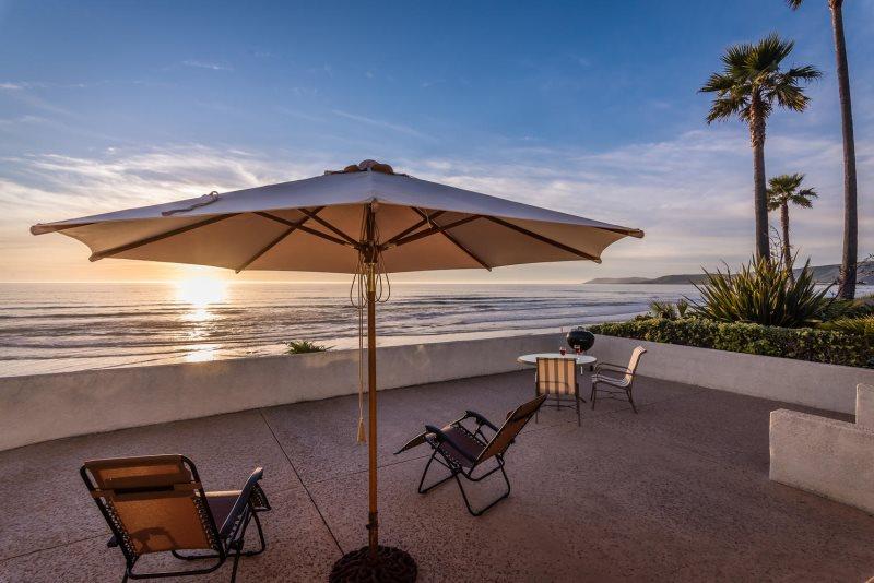 Ocean Front Beach House On Studio Drive