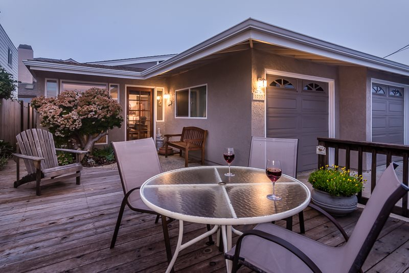 Pet friendly 2 bedroom, across street from beach Cayucos Vacation ...