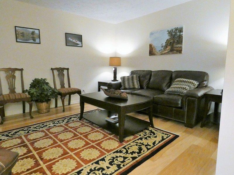 Hendersonville, NC Vacation Rental House/4 bedroom/2 bath/Sleeps 6-8 ...