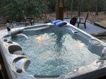 Secluded - Log Cabin - King Bed - Hot tub - Firepit - Hendersonvile -