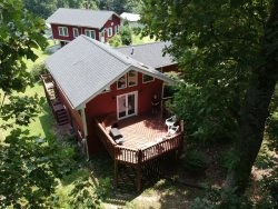 Mountain Cabin Rental, Cantrell Cottage, Hendersonville,  NC