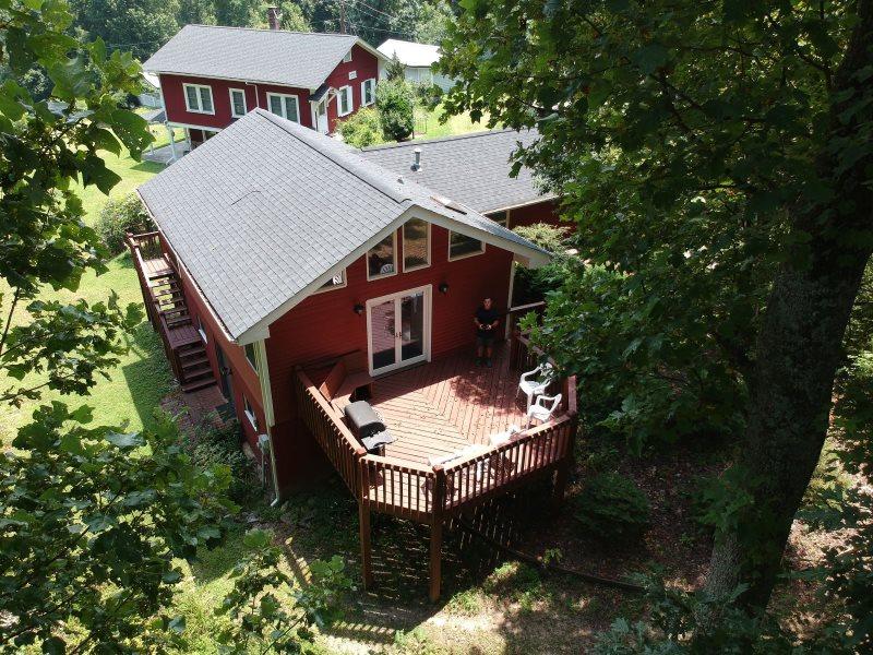 Sensational Secluded Vacation House Mountain Views Sleeps 4 King Interior Design Ideas Oxytryabchikinfo