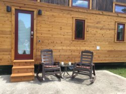 Tiny House Dogwood - Flat Rock - Lofts -  Pool is Open