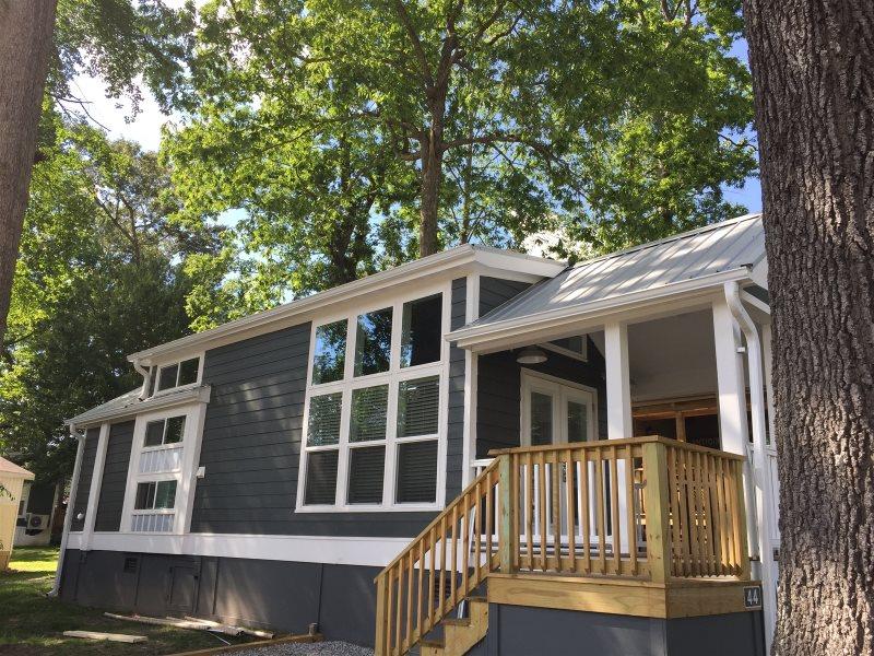 Miraculous Treescape Tin House Rental Village At Flat Rock Nc Download Free Architecture Designs Rallybritishbridgeorg