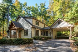 Friendship Cottage Close to downtown Saluda