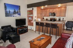 Ski Lease~ Updated Kingswood Village Condo #MEY~Near Northstar