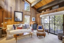 Kingswood Village  Condo ~ Tahoe Lux Stay