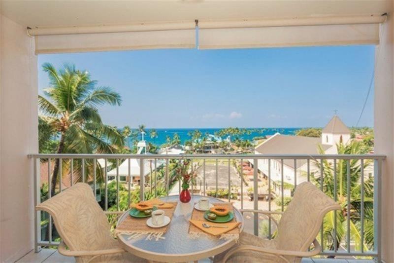 Pacific Breeze Vacation Rentals Kailua Village Resort Condo