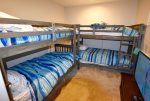 Bedroom 4 w 4 Bunk Beds Twin Mattresses