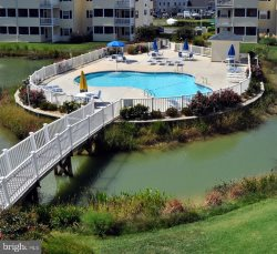 REHOBOTH BEACH: 3BR LUXURY CONDO at THE PALMS With FREE POOL ACCESS - Sleeps 8 - 10