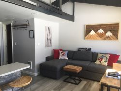 Unit 1032 - One Bedroom w/Loft Floor Plan