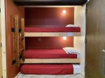 Twin bunks and trundle