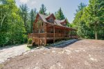 Idealistic Private setting for this Cozy Chalet