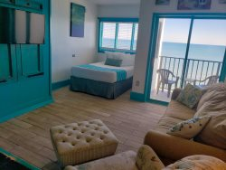 The Palace 1601 - ocean front studio suite