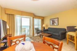 Oceanfront suite at Carolinian-sleeps 6!