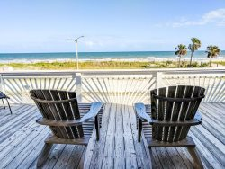 Oceanfront Beach House - sleeps 12!