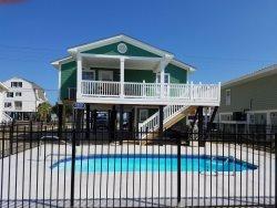 3 Bedroom, 2 Bath beach house!