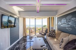 Ocean front queen suite at Meridian!