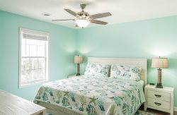 6 BR/ 4 BA Oceanfront beach house with private jacuzzi!