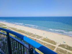 Oceanfront 2 Bedroom, 3 Bath suite at Boardwalk - sleeps 10!