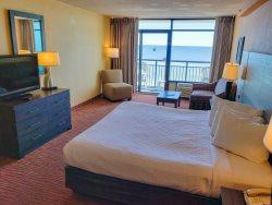 Oversized Oceanfront King Suite with Sofa~Landmark 830