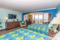Poolside Suite with Ocean Views! Sleeps 4!~Caravelle 506