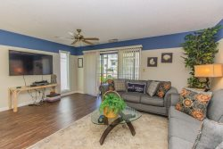 2 Bedroom 2 Bath~Ground Level~Golf Colony at Plantation~2 Miles from the Beach!