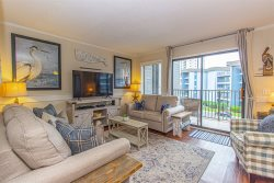Beautifully Updated~2 BR 2 BA~Myrtle Beach Resort Unit 338-A