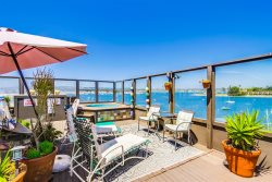 Bay Front Mission Beach Rental: Calm Waters