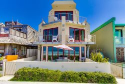 Ocean Front 3BD/3BA Mission Beach Rental: Decked Out I