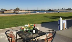 Bay Front Mission Beach Rental: Sun-Kissed