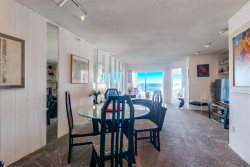 Ocean Front Mission Beach 2BR/1BA Condo: Top of the Beach