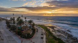La Jolla Rental: The Lampshade House