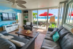 South Mission Beach 2BR/2BA Condo: Sand Castle