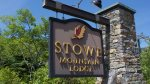 ENTRANCE TO THE STOWE MT LODGE