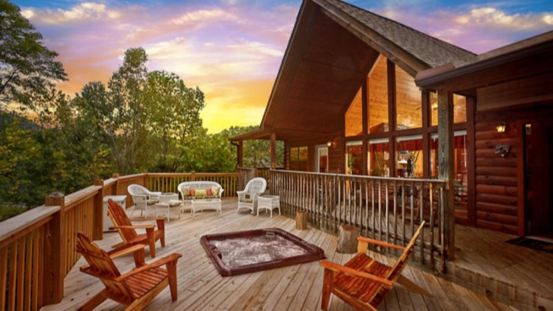 cabins tucked away cabin a bedroom screened in tub at with gatlinburg hot rental located deck