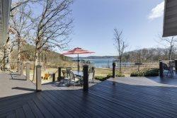 Scenic Cove Lake Front Lodge