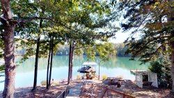 See the Beautiful North End of Lake Keowee