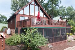 Lake Keowee Chalet with Boat Slip