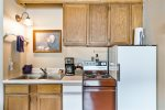 Second bedroom with great log bed