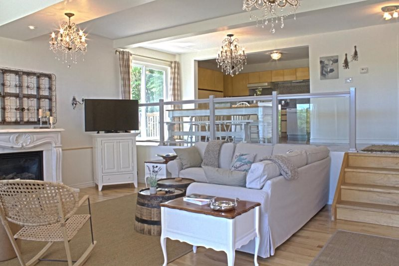 Vineyard House Picton Waterview Home For Getaways