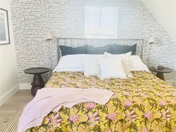 The Mill Suites Unit 4 - Romantic getaway in Prince Edward County