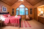 Beautiful Queen Master suite on upper level
