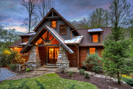 A River of Dreams Lodge | Willow Creek Cabin Rentals