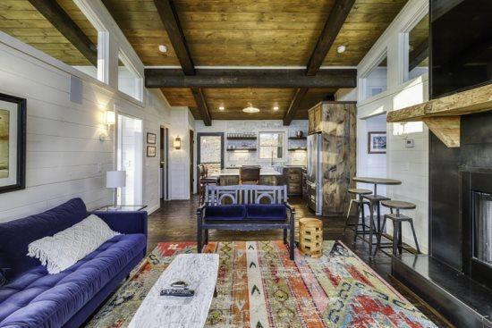 Sky Lodge vacation rental in Blue Ridge, GA with incredible