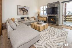Moonlight Basin | Saddle Ridge Retreat | Ski in Ski Out Condo, Gas Fireplace, Hot Tub!