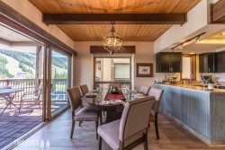 Beaverhead Condo | Ski-in/Ski-out | Newly Renovated | Walking Distance to Resort, Shops & More!