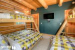 Bunk Room with 2 Twin Over Full Bunk Beds