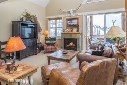 *Flexible Cancellation Policy* - Saddle Ridge Town Home- Incredible Views, & Private Hot Tub!